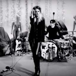 The Dead Weather – Be Still (live)